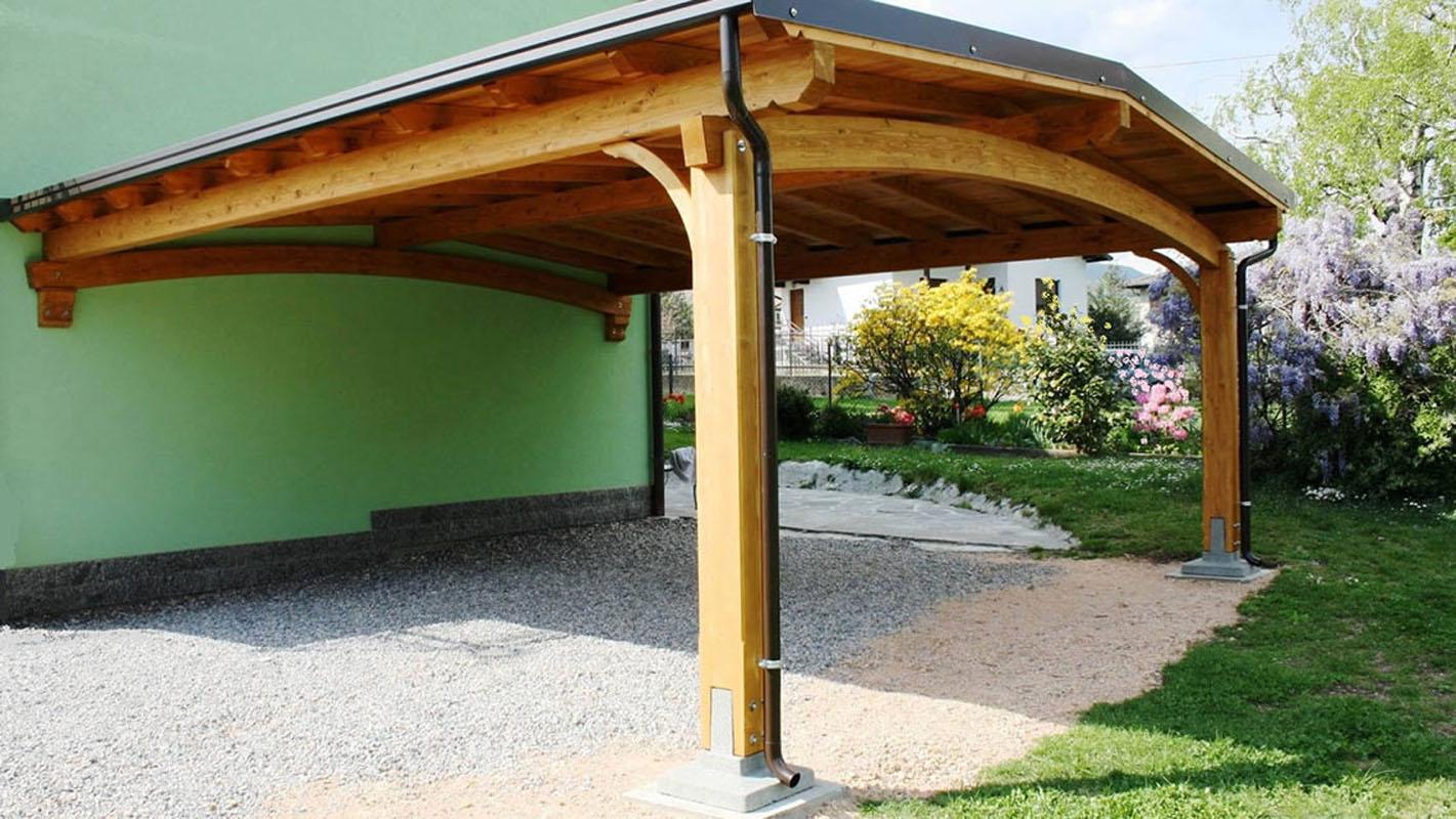 tettoia auto in legno